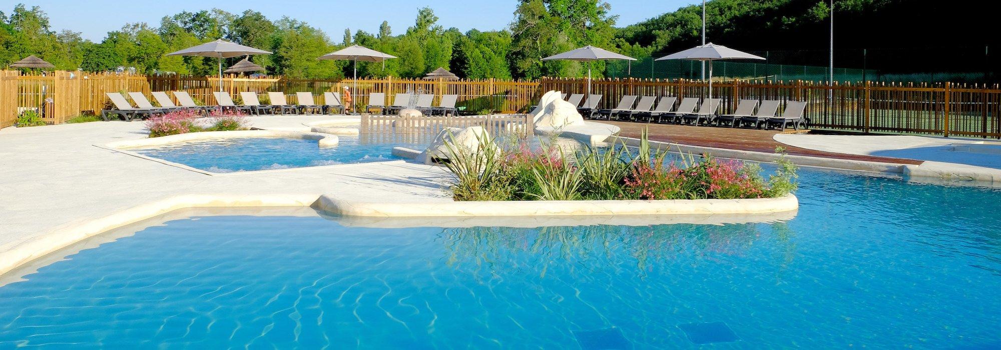 Camping pomport beach dordogne piscines camping for Camping bergerac avec piscine